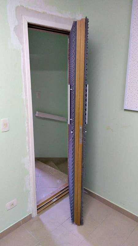Isolamento acústico de portas