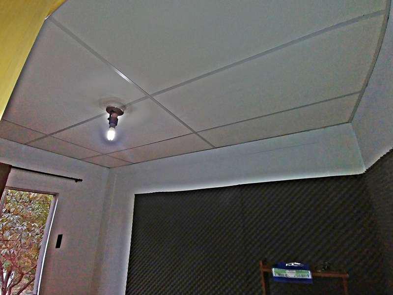 Isolamento acústico estúdio pequeno