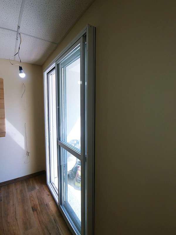 Isolamento acústico porta de vidro
